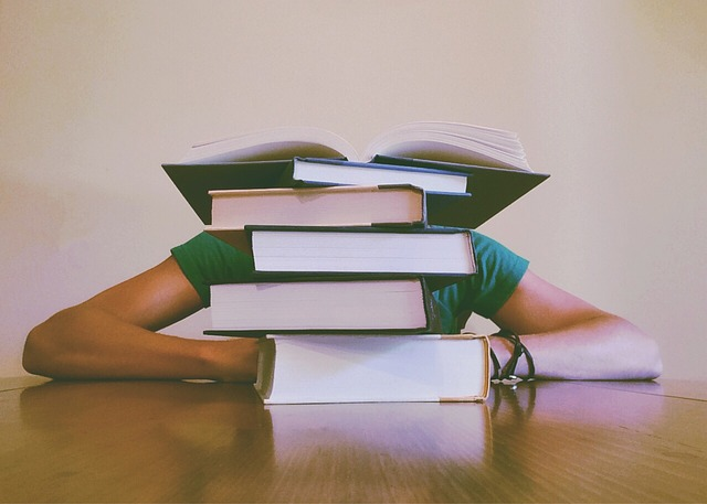 【悩み】英語が伸びなくて勉強がつらい!挫折する前に考え方を転換!