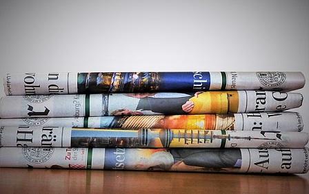 【災害】新聞紙の活用法を紹介!特徴を活かしてトイレやスリッパに!?