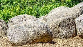 【鬼滅】割れた岩があるのは奈良のどこ?逸話も原作と激似すぎ!!